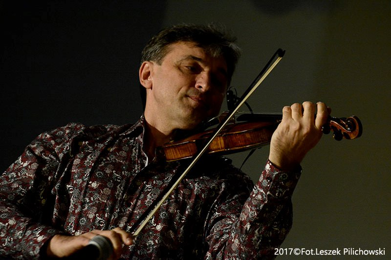 """Siergiej Wowkotrub Gypsy Swing Quartet – środa, 10.10.2018, godz. 19:00,  Jazz Klub """"Five O'Clock"""""""